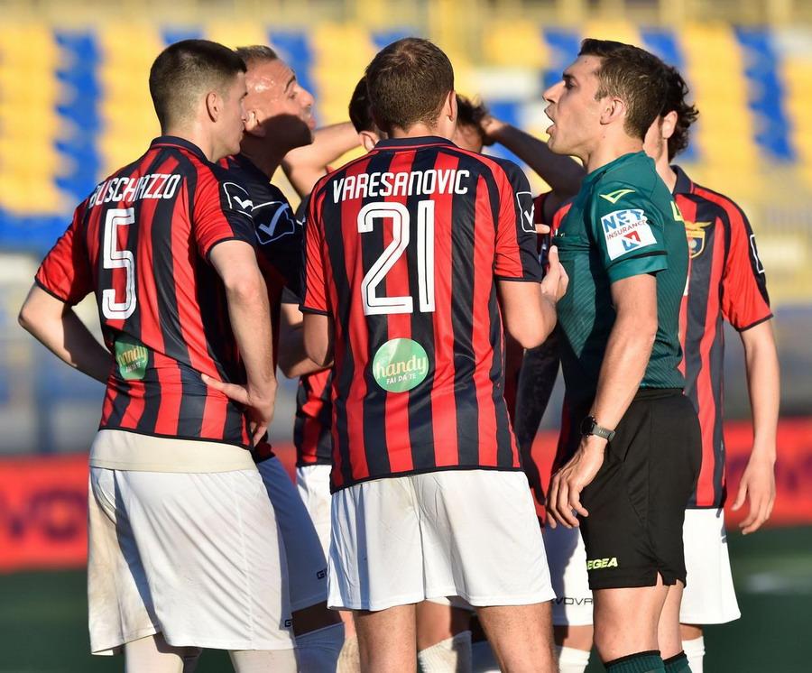 La partita (ed i play-off) della Casertana dalla A… allaZ!